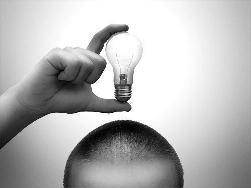 idea_bulb.jpg (500×375)